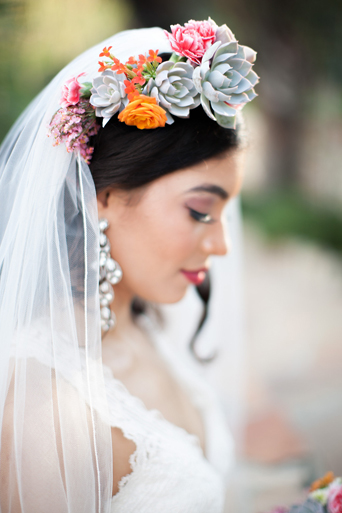 bridal-flower-succulent-crown